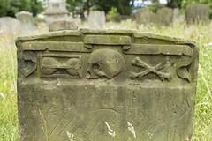 Memento Mori (tommyajohansson) Tags: southwold england unitedkingdom gb suffolk weekendaway tommyajohansson geotagged grave gravestone skull gravsten crossbones mementomori