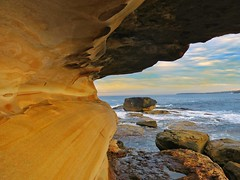 Rocky at Bondi (kevinsarmiento5) Tags: nature cave wavy sunset coast fish landscape formation rocks waves ocean g15 canon bondibeach beach bondi australia