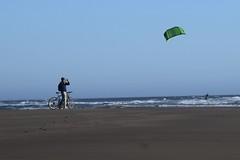 Click (stef_thomp) Tags: manzanita oregon beach kitesurfing kiteboarding pacificnorthwest surf