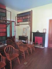 Beauvoir Library 2 (JuralMS) Tags: unitedstates mississippi harrisoncounty biloxi biloxi2017 2017 beauvoir antebellumhouses nationalhistoriclandmarks