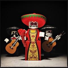 La Muerta (Chris Blakeley) Tags: seattle hipstamatic lego minifigure minifig toyphotography lamuerta calavera calaveras sugarskulls mariachi dayofthedead diadelosmuertos guitar