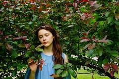 It's me)) (akyabianchi) Tags: greenalley tsaritsynopark tsaritsyno moscow summer summertime shrubbery undergrowth garden bushes girl leaves tree trees