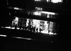記憶素子 (memory device) (Dinasty_Oomae) Tags: kodak retina retinette コダック レチナ レチネッテ 白黒写真 白黒 monochrome blackandwhite blackwhite bw outdoor 東京都 東京 tokyo 中央区 chuoku 東京スクエアガーデン tokyosquaregarden