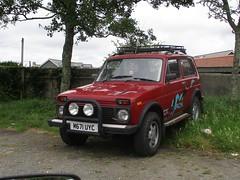 Lada Niva Cossack (occama) Tags: m671uyc lada niva cossack russian 4x4 old car cornwall uk rare