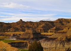 surrounded by badlands (ekelly80) Tags: montana makoshikastatepark june2017 summer roadtrip keisgoesusa badlands glendive geology scenery view brown layers colors rocks mountains hills hike trail valley