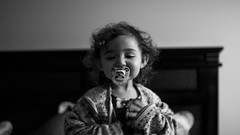 Aquí está! (Alvaro.sh) Tags: chile canon canont5 canon1200d child t5 1200d sigma sigma30 sigma30mm 30mmsigma 30mm 30mmf14dc|a 30 dadlove dadyslittlegirl daughter kids portrait portraits hija blackandwhite blancoynegro bw baby babyportrait bn bebe