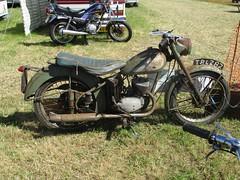 1955 BSA Bantam (occama) Tags: bsa bantam 1955 d1 125 green old bike motorcycle british rusty original cornwall uk cornish reg