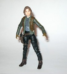 jyn erso - sergeant jyn erso - jedha star wars the black series 6 inch action figures 2016 red packaging the force awakens #22 rogue one n (tjparkside) Tags: sergeant jyn erso jedha rebel star wars sw tbs black series 6 six inch action figure figures hasbro 2016 rogue 1 one story alliance number 22 twenty two red package disney scarf cloak hood blaster holster jacket pistol weapon r1 packaging force awakens