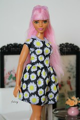 Pinky (wizgerg3) Tags: mattel barbie curvygirl