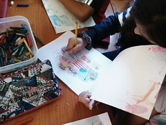 Día 4 . Empezamos a decorar nuestros cuadernos 07