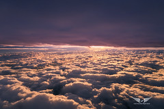 Sunset between two layers of clouds (gc232) Tags: clouds cloud surfing cloudsurfing aerial sunset sunrise sun light golden hour livefromtheflightdeck golfcharlie232 live from flight deck fly flying airplane view altitude sunlight canon g7x
