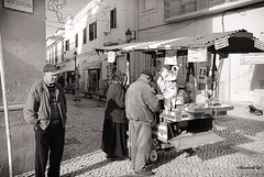 Castañera (rossendgricasas) Tags: two people street urban nikon man portugal photography photoshop vehicle silver group exploration commerce bw bn