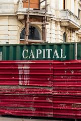 Combate permanente (Loló Arias) Tags: documental fotografia color photography street estructuras