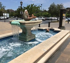 Fountain. (goldiesguy) Tags: goldiesguy water statue statues outdoors fountain