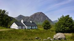 Blackrock Cottage (andrewmckie) Tags: scotland outdoor blackrockcottage blackcorrieslodge buachailleetivemor rannochmoor