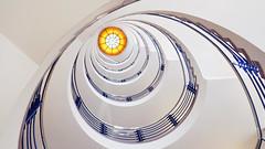 - Brahms Kontor (2) - (Jacqueline ter Haar) Tags: brahmskontor hamburg sunny artdeco treppenhaus stairs spiral staircase famous treppen spiraal explore kleurcontrasten composition structure kontorhaus rederij wow
