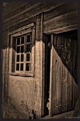 Entre s'il vous plait (johnscratchley) Tags: heritage history canada acadian sepiatone hdr