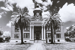 Historic Citrus County Courthouse (skippys1229) Tags: canon canon70d 70d 2017 florida invernessflorida inverness citruscounty citruscountyhistoriccourthouse historiccourthouse courthousesquare wideangle blackwhite bw fauxinfrared