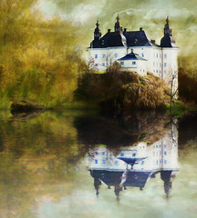 Fairy tale castle (BirgittaSjostedt_away until 24 Febrtuary) Tags: castle architecture nature landscape paint texture water reflections old ancient slidersunday birgittasjostedt sincity ie magicunicornverybest