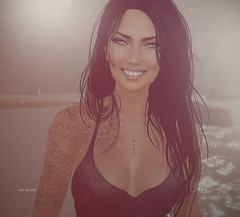 Smiling  sunshine   <3 (Roy Mildor - I am how I am !) Tags: roymildor sl secondlife profile photography woman girl smile