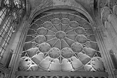 Circles within circles - ornamentation in the Sainte Chapelle, Château de Saint-Germain-en-Laye (Monceau) Tags: circles relief sculpture saintechapelle châteaudesaintgermainenlaye interior