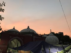 All the Hopeful Gold Diggers Have Left for the Evening Sky... at the Dargah of Hazrat Nizamuddin Auliya in Delhi (Mayank Austen Soofi) Tags: all hopeful gold diggers have left for evening sky dargah hazrat nizamuddin auliya delhi