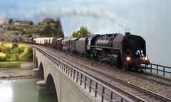 la 141 R 307 avec un train marchandises (hans.hirsch) Tags: 141 r 307 jouef train marchandises fourgon pont brücke doubs viaduc viadukt vapeur locomotive lok dampf h0 ho 187 mikado