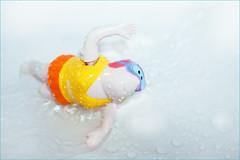 Summer. Only in the bathroom. Splish splash ;-) (Gudzwi) Tags: crazytuesdaytheme 7dwf crazyanduniqueperspective crazy bath totakeabath badewanne water wasser swimming schwimmen baden bathroom badezimmer waterdrops wassertropfen tropfen drops spielzeug toy