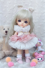 Lati Yellow G.Yuri Cotton Candy Icecream | in Princess Bonetta (PruchanunR.) Tags: lati yellow gyuri cotton candy icecream princess bonetta