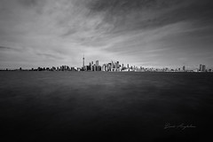 Chaotic Atmosphere 💥 (David Anghelone) Tags: nikon d810 tamron 1530 filtre nisi nd1000 pose longue long exposure toronto canada landscape paysage noir et blanc black hand white