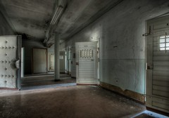 the forsaken - pension tristesse (Jana Lumina) Tags: urbex urbanexploration decay jail prison janalumina forsaken lostplaces lost