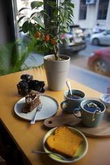 Bucharest (silvia_mozzon) Tags: breakfast m60 colazione bucharest bucarest tea cake torta sony sonyalpha a7 sonya7 hipster travel