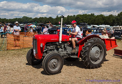 IMG_0122_Woodcote Rally 2017_0167 (GRAHAM CHRIMES) Tags: woodcote rally 2017 steam woodcoterally2017 woodcotesteamrally2017 woodcoterally transport traction tractionengine tractionenginerally steamrally steamfair showground steamengine show steamenginerally vintage vehicle vehicles vintagevehiclerally vintageshow heritage historic classic country commercial preservation wwwheritagephotoscouk restoration woodcotesteam masseyferguson 35x tractor 1964 chk634b