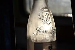 DSC_0081 (matthiasmayer410) Tags: wein flasche feierabend lecker frankreich rosé jean
