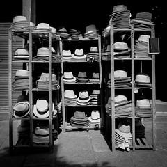 Hüte (Werner Schnell Images (2.stream)) Tags: ws hut hüte hat hats shop laden calvi corse corsica korsika