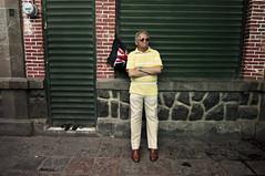Mr. Gran Bretaña (CEGRO) Tags: street marjet sanluispotosí people actitud