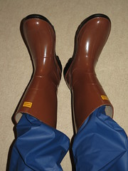 My Boots (Warm Clothes Fetish) Tags: boots winter rubber rain moonboots fur warm hot fleece rainboots sweat snowboots