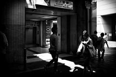 Street Fragments #292 - Kobe in a cracked mirror (Yoshi T. (kagirohi)) Tags: japan japanese kobe blackwhite bw street streetphotograph streetphotography alley fragment urban city cityscape snapshot ricoh gr ricohgr 日本 神戸 白黒 モノクローム モノクロ 路上 ストリート ストリートフォト 都市 風景 都市風景 スナップ スナップ写真 リコー 断片 blackandwhite monochrome depthoffield