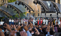 2017 F1 Live London Driver Line-Up (paulinuk99999 (really busy at present)) Tags: paulinuk99999 f1london 2017 trafalgar square uk 19 drivers sal70400g f1livelondon
