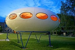 Futuro House (jo.schz) Tags: germany architecture pinnakothek 1968 futuro museum munich house moderne ufo mattisuuronen finnland