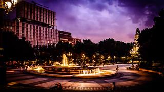 Cae la noche en Plaza de España