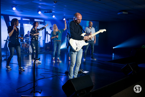 Worship Night with Vitaliy Yefremochkin-18