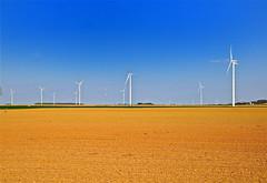 Energie renouvelable (JDAMI) Tags: eole éoliennes énergie renouvelable santerre champs ciel bleu somme 80 picardie hautsdefrance france nikon d600 tamron 2470 vent vauvillers