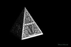 Egypt... (Mario Pellerito) Tags: canon eos 60d 50mm 14 egypt art piramide bw black white mariopellerito bassorilievo ombra pyramid faraone faraoni