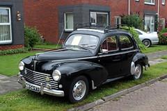 1954 Peugeot 203 C (Davydutchy) Tags: otto stnicolaasga stnyk fryslân friesland frisia frise oldtimerdag oldtimer classiccar classic car klassiker klassiek auto automobiel automobile annual show bil veterán vehicle pkw peugeot 203c 203 c france french june 2017