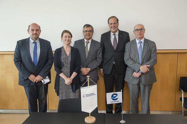 Alain Lumbroso, Jagoda Egeland, José Viegas, Frank Brenner and Andrew Watt pose for a picture