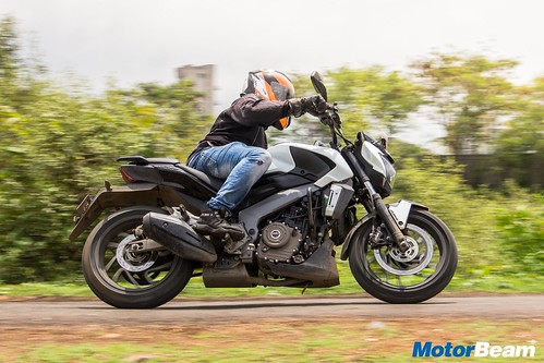 Bajaj-Dominar-400-Long-Term-13