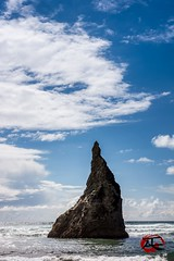Blue Skies (KnightedAirs) Tags: blue skies nikon nikkor d5200 35mm afs oregon coast bandon beach rock formation monolith digital clouds