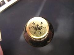 Greene King IPA - Crown Cap - 3.6% 500ml Clear Glass €1.49 Lidl 06-06-2017 (Lord Inquisitor) Tags: greene king ipa front 36 500ml clear glass lidl clearglass crowncap crown cap gold