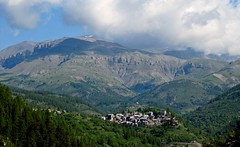 village de Beuil (b.four) Tags: montagna mountain montagne village paese beuil hautcians alpesmaritimes mtmounier ruby3 coth5